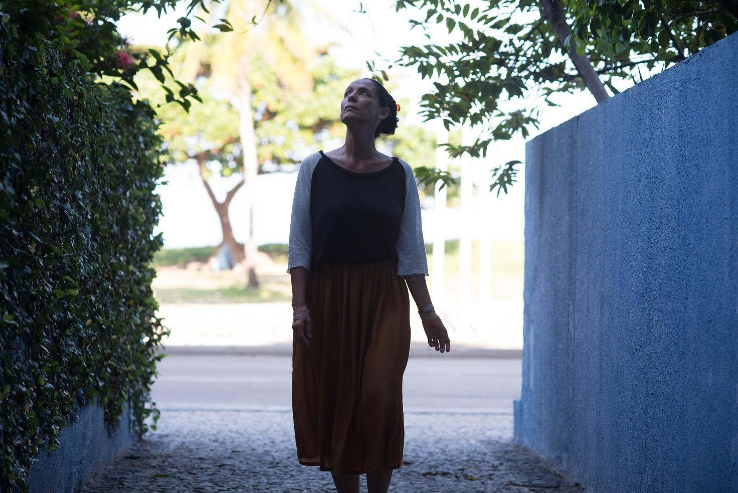 Em meio a elogios e polêmicas politicas 'Aquarius' estreia hoje nos cinemas
